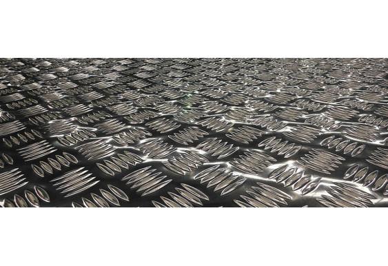 Листы из нержавеющей стали